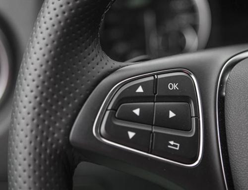 Jakie wyposażenie mają auta pokontraktowe?