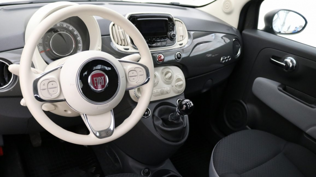 Fiat 500 wnętrzne