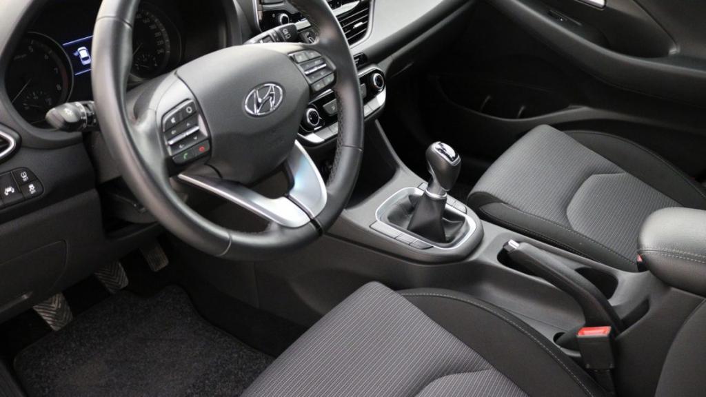 Hyundai I40 wnętrze